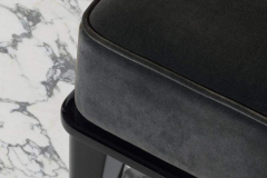 Oasis_Riviere_RV6_bench-detail-800x1200