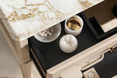 Oasis_Riviere_RV7_open-drawers-800x1200